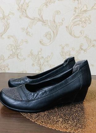 Кожаные туфли,натуральная кожа