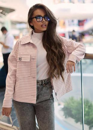 Стильная женская куртка-рубашка с отложным воротником2 фото