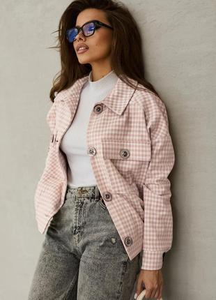Стильная женская куртка-рубашка с отложным воротником3 фото