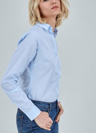 Голубая рубашка приталенная2 фото