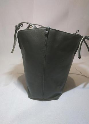 Жіноча сумка. зручна і містка2 фото