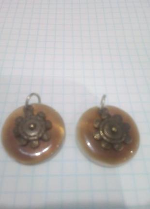 Две подвески перламутр нат1 фото