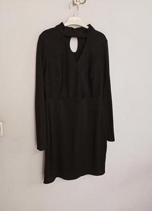 Платье миди с чокером с длинным рукавом2 фото