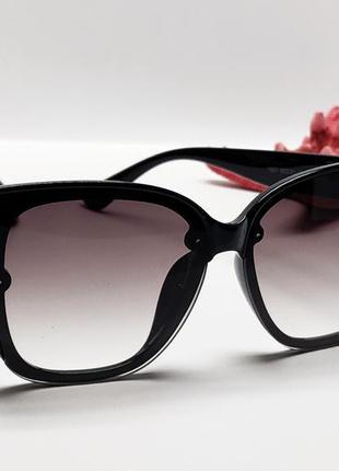 Солнцезащитные стильные женские очки2 фото