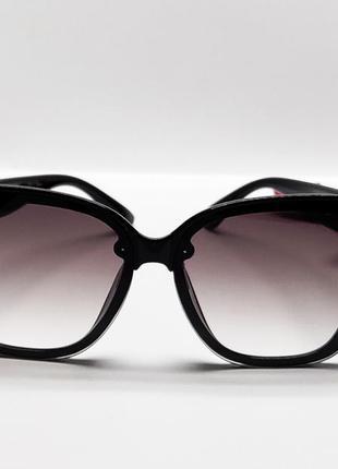 Солнцезащитные стильные женские очки3 фото