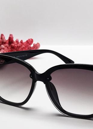 Солнцезащитные стильные женские очки4 фото