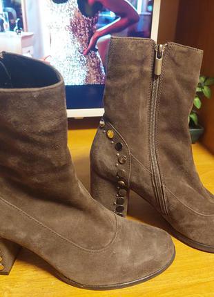 Шикарные замшевые ботиночки1 фото
