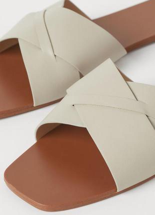H&m классные трендовые шлёпанцы тапочки шлепки 🌺4 фото