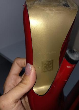 Кожаные стильные лаковые очень удобные туфли красного цвета ❤️5 фото
