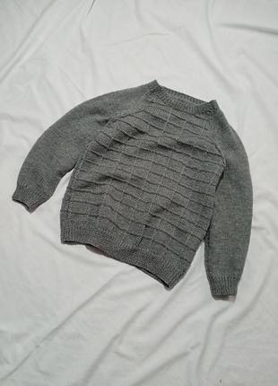 Тёплый свитер в клетку