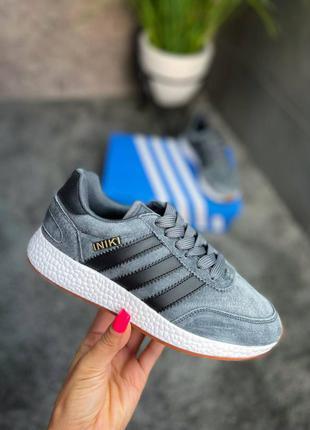 Женские кроссовки adidas iniki 💐1 фото