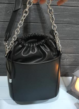 Стильная сумка-ведро с мешочком внутри, италия4 фото
