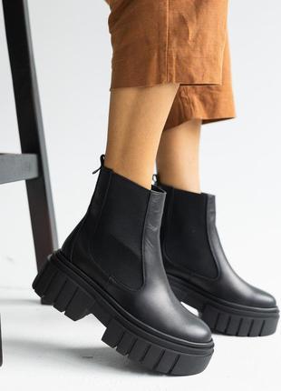 Женские осенние ботинки из натуральной кожи7 фото