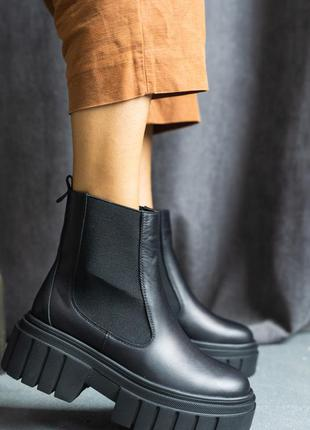 Женские осенние ботинки из натуральной кожи3 фото