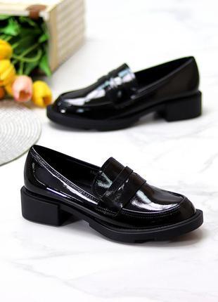 Лоферы эко лак стильные чёрные3 фото