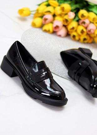 Лоферы эко лак стильные чёрные1 фото