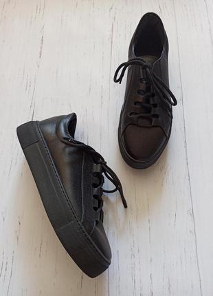 Кожаные черные кеды1 фото