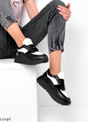 Новые женские кожаные черные с белым кроссовки натуральная кожа