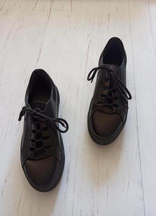 Кожаные черные кеды7 фото