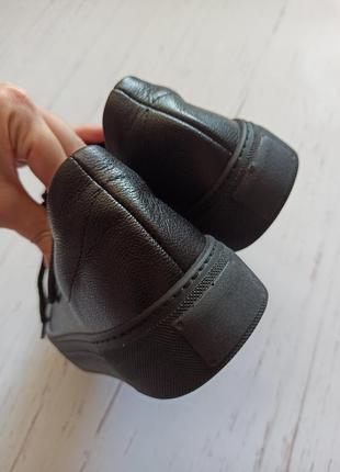 Кожаные черные кеды8 фото