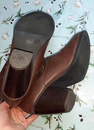 🎁1+1=3 фирменные кожаные полусапожки на среднем каблуке atmosphere демисезон, размер 388 фото