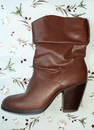 🎁1+1=3 фирменные кожаные полусапожки на среднем каблуке atmosphere демисезон, размер 385 фото