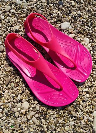 Crocs оригинал.сланцы, летние,пляжные,для бассейна