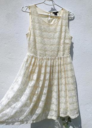 Нежное светло жёлтое ажурное платье из гипюра h&m