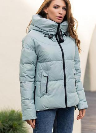 Модная стильная зимняя куртка с капюшоном тренд светло-бирюзовая био-пух новинка1 фото