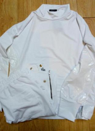 Белоснежный костюм5 фото