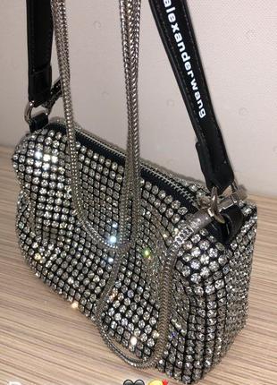 Шикарная стильная сумка в наличии камни бренд съемные ремни