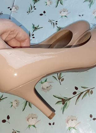 🎁1+1=3 шикарные фирменные нюдовые лаковые туфли лодочки marks&spencer, размер 393 фото