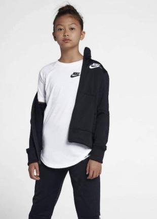 Курточка олимпийка nike 122-128 6-8 лет оригінал
