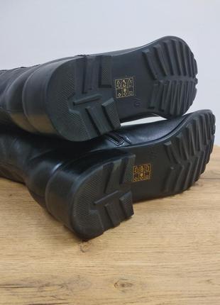 Laura conte чорні класичні шкіряні деміжсезонні високі чоботи черевики ботфорти на низькому ходу розмір 39.5 /40 /40.56 фото