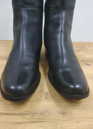 Laura conte чорні класичні шкіряні деміжсезонні високі чоботи черевики ботфорти на низькому ходу розмір 39.5 /40 /40.53 фото