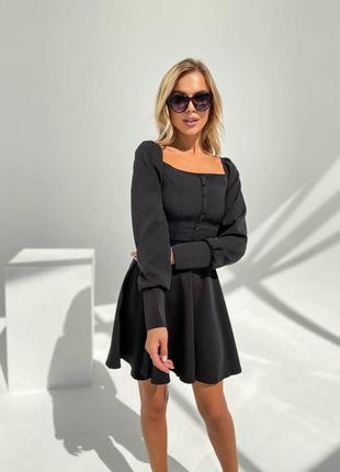 Прекрасное чёрное платье с пуговичками1 фото