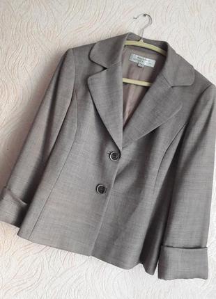 Элегантный пиджак премиум бренда tahari (сша), красивый жакет, размер s, м