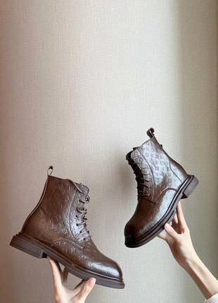 Женские ботинки2 фото