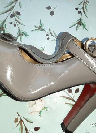 🌿1+1=3 стильные серые женские туфли на каблуке faith connexion в стиле 80-х, размер 382 фото