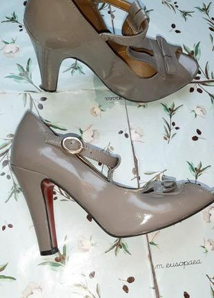 🌿1+1=3 стильные серые женские туфли на каблуке faith connexion в стиле 80-х, размер 383 фото