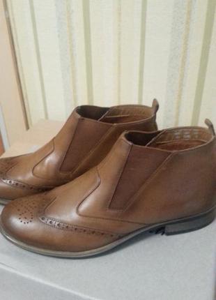 Стильные ботинки челси коричнево-рыжего цвета