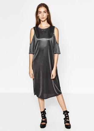 Платье с оголенными плеча zara