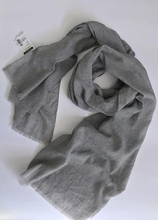 Серый легкий приятный к телу женский шарф tu