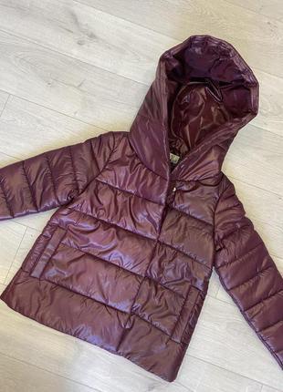 Свободная демисезонная осенняя куртка. скидка! распродажа остатков! капюшон