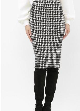 Лаконичная юбка- карандаш