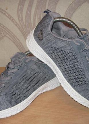 Продам кроссовки фирмы rieker 38 размера .