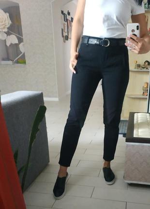 Черные брюки 36р