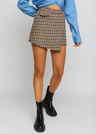 Короткая юбка-шорты мини с высокой посадкой из твида бежевый 2 цвета
