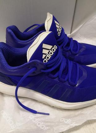 Лёгкие кроссовки adidas