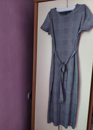 Офисное платье boohoo